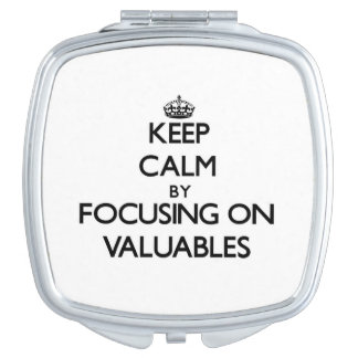 Guarde la calma centrándose en los objetos de valo espejo para el bolso