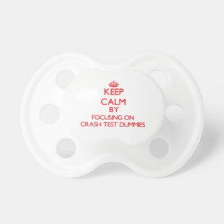 Guarde la calma centrándose en maniquíes de la chupete de bebe