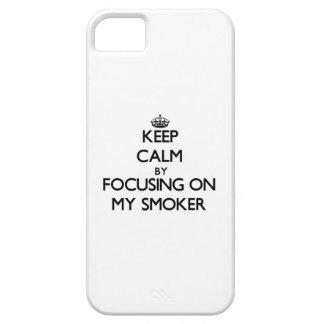 Guarde la calma centrándose en mi fumador iPhone 5 coberturas