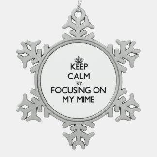 Guarde la calma centrándose en mi Mime Adorno De Peltre En Forma De Copo De Nieve