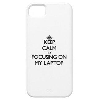Guarde la calma centrándose en mi ordenador iPhone 5 Case-Mate funda