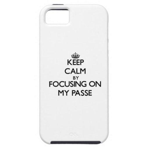 Guarde la calma centrándose en mi Passe iPhone 5 Carcasas