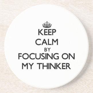Guarde la calma centrándose en mi pensador