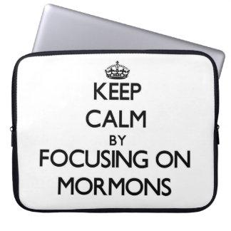 Guarde la calma centrándose en mormones manga computadora