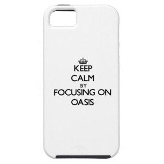 Guarde la calma centrándose en oasis iPhone 5 Case-Mate fundas