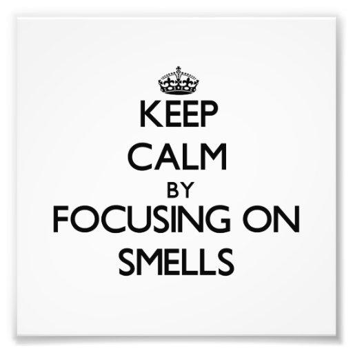 Guarde la calma centrándose en olores fotografia