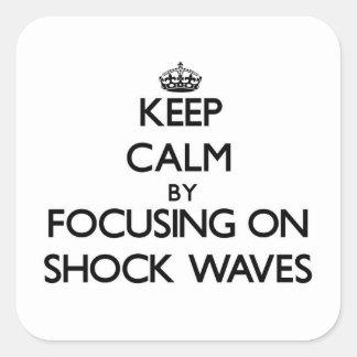 Guarde la calma centrándose en ondas expansivas
