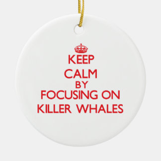 Guarde la calma centrándose en orcas ornamentos para reyes magos