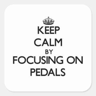 Guarde la calma centrándose en pedales pegatina cuadrada