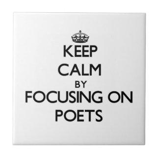 Guarde la calma centrándose en poetas