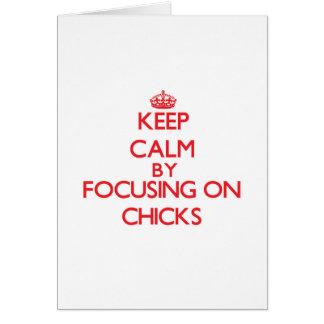 Guarde la calma centrándose en polluelos tarjeta de felicitación