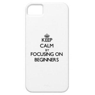 Guarde la calma centrándose en principiantes iPhone 5 protectores