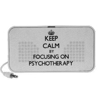 Guarde la calma centrándose en psicoterapia altavoces