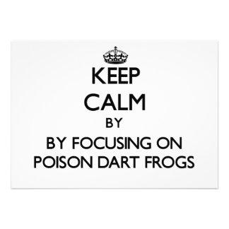 Guarde la calma centrándose en ranas del dardo del