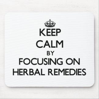 Guarde la calma centrándose en remedios herbarios tapetes de raton