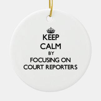 Guarde la calma centrándose en reporteros de corte