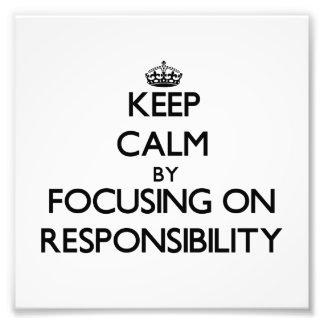 Guarde la calma centrándose en responsabilidad fotos