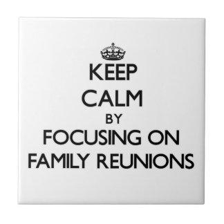 Guarde la calma centrándose en reuniones de famili azulejos cerámicos