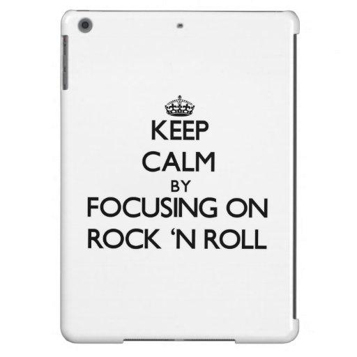 Guarde la calma centrándose en rock-and-roll