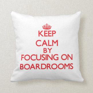 Guarde la calma centrándose en salas de reunión almohada