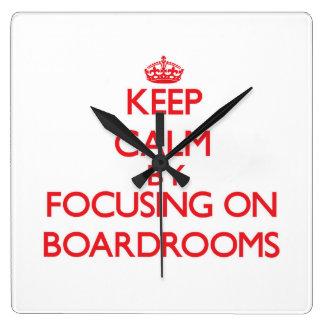 Guarde la calma centrándose en salas de reunión relojes de pared