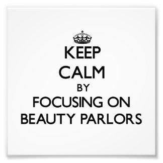 Guarde la calma centrándose en salones de belleza fotografia