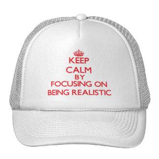 Guarde la calma centrándose en ser realista gorros bordados