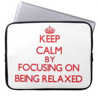 Guarde la calma centrándose en ser relajado mangas portátiles