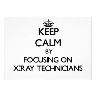 Guarde la calma centrándose en técnicos de la radi