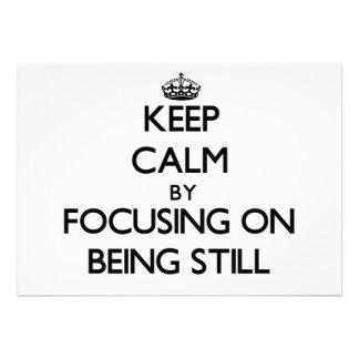 Guarde la calma centrándose en todavía estar invitacion personal