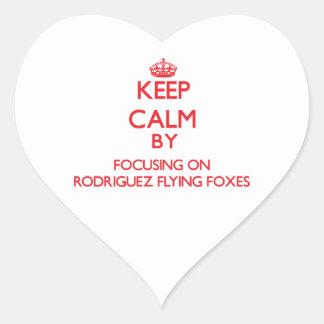 Guarde la calma centrándose en zorros de vuelo de pegatina corazon personalizadas