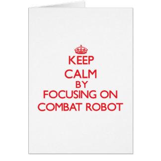 Guarde la calma centrándose encendido en el robot tarjetas