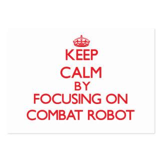 Guarde la calma centrándose encendido en el robot  tarjetas de visita grandes