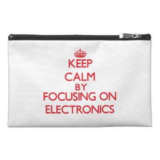Guarde la calma centrándose encendido en electróni