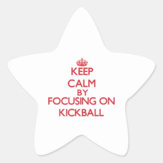 Guarde la calma centrándose encendido en Kickball Calcomanía Forma De Estrella Personalizada