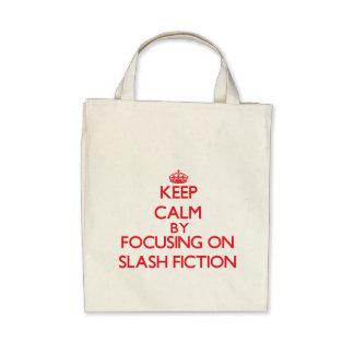 Guarde la calma centrándose encendido en la ficció bolsas