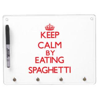 Guarde la calma comiendo los espaguetis pizarras