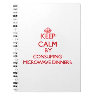 Guarde la calma consumiendo cenas de la microonda libretas espirales