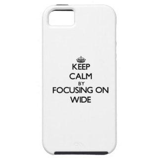 Guarde la calma enfocándose encendido de par en iPhone 5 Case-Mate cárcasa