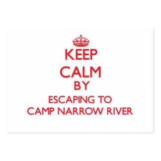 Guarde la calma escapándose a acampar río estrecho tarjeta de negocio