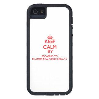 Guarde la calma escapándose a la biblioteca iPhone 5 fundas