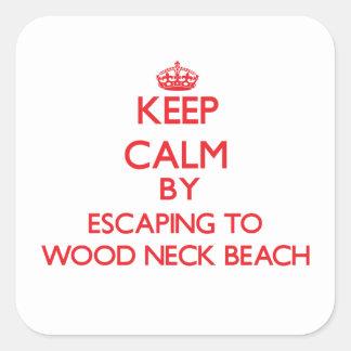 Guarde la calma escapándose a la playa de madera M Calcomanías Cuadradass Personalizadas