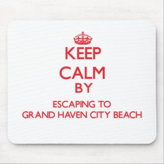 Guarde la calma escapándose a la playa magnífica alfombrilla de ratón