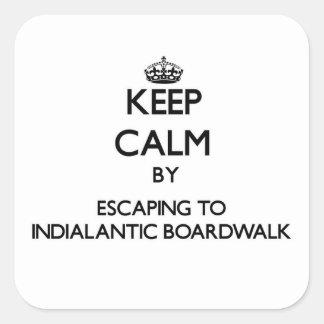 Guarde la calma escapándose al paseo marítimo Flo Calcomanías Cuadradas