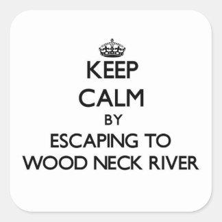 Guarde la calma escapándose al río de madera Massa