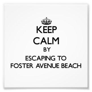 Guarde la calma escapándose para fomentar la playa arte con fotos