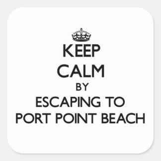 Guarde la calma escapándose para virar la playa calcomanías cuadradass