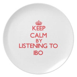 Guarde la calma escuchando el IBO Platos Para Fiestas