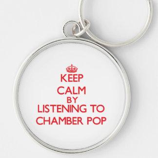 Guarde la calma escuchando la CÁMARA POP Llavero
