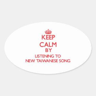 Guarde la calma escuchando la NUEVA CANCIÓN TAIWAN Pegatinas De Oval